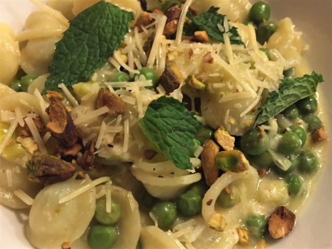 Orechietti and peas