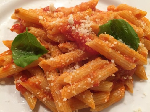 Penne with sauce (2)