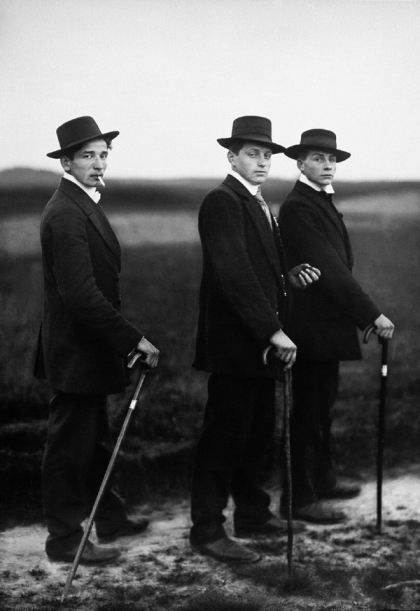"""""""Young Farmers, 1914"""" from the series """"People of the 20th Century"""" by August Sander (courtesy of the Art Institute of Chicago)"""
