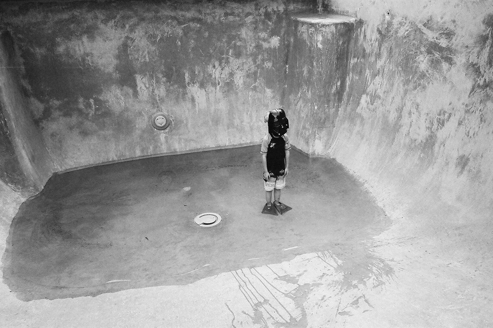 """""""Untitled, 2014"""" from the series Charth Vader by Ashly Leonard Stohl, Honorable Mention, 2016 Griffin Museum of Photography Annual Juried Show, juried by Elizabeth Avedon (courtesy of the artist)."""