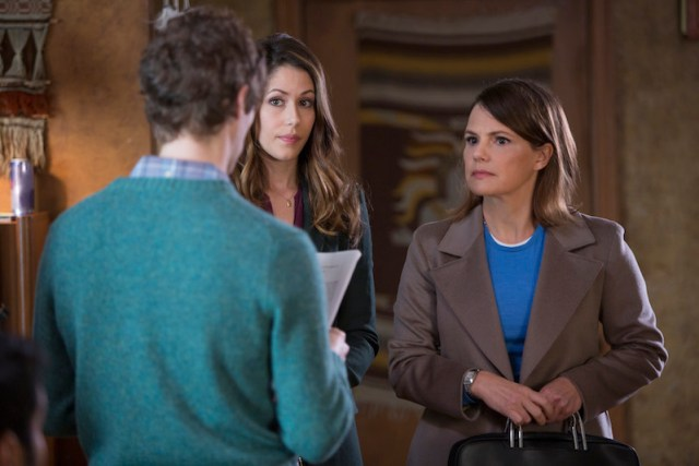 The first two female characters, interacting with protagonist Richard Hendricks.