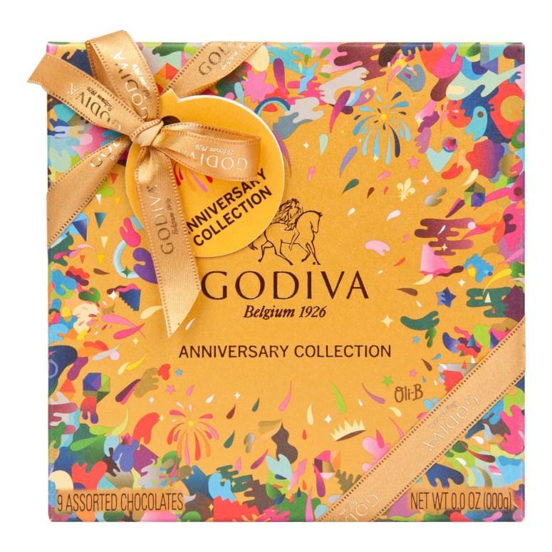9pcs Gold Anniversary box web