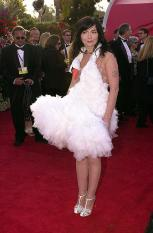 """LOS ANGELES, UNITED STATES: Actress and singer Bjork arrives the 73rd Annual Academy Awards at the Shrine Auditorium in Los Angeles 25 March, 2001. Bjork performs and wrote the music for """"I've Seen It All"""" nominated for Best Song. AFP PHOTO/Lucy NICHOLSON (Photo credit should read LUCY NICHOLSON/AFP/Getty Images)"""