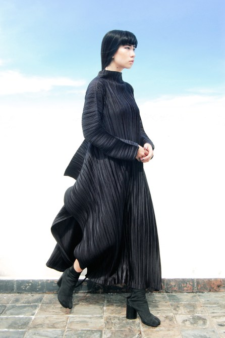 1.-unusual-cut-dress