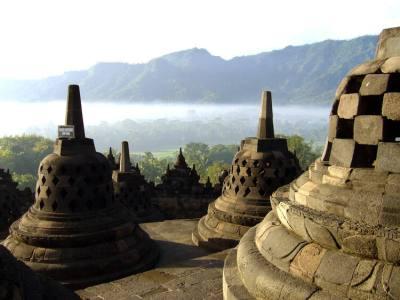 Borobudur Temple Compounds - UNESCO World Heritage Centre