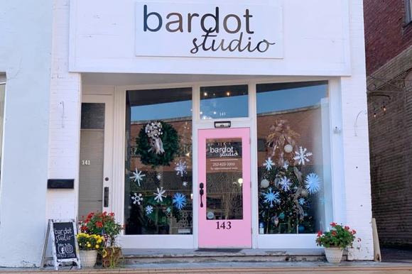 WHDA  0005 Bardot