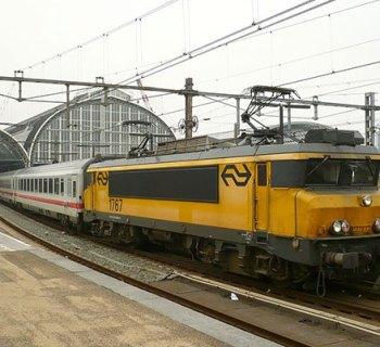 Deutsche Bahn Intercity Train IC 145