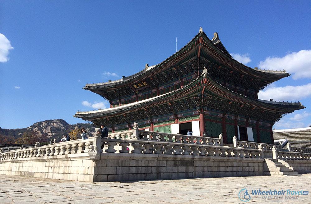Gyeongbokgung Palace, Seoul Wheelchair Accessible Travel Guide - Geunjeongjeon Throne Hall