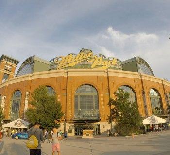 Milwaukee Brewers baseball, Miller Park stadium.