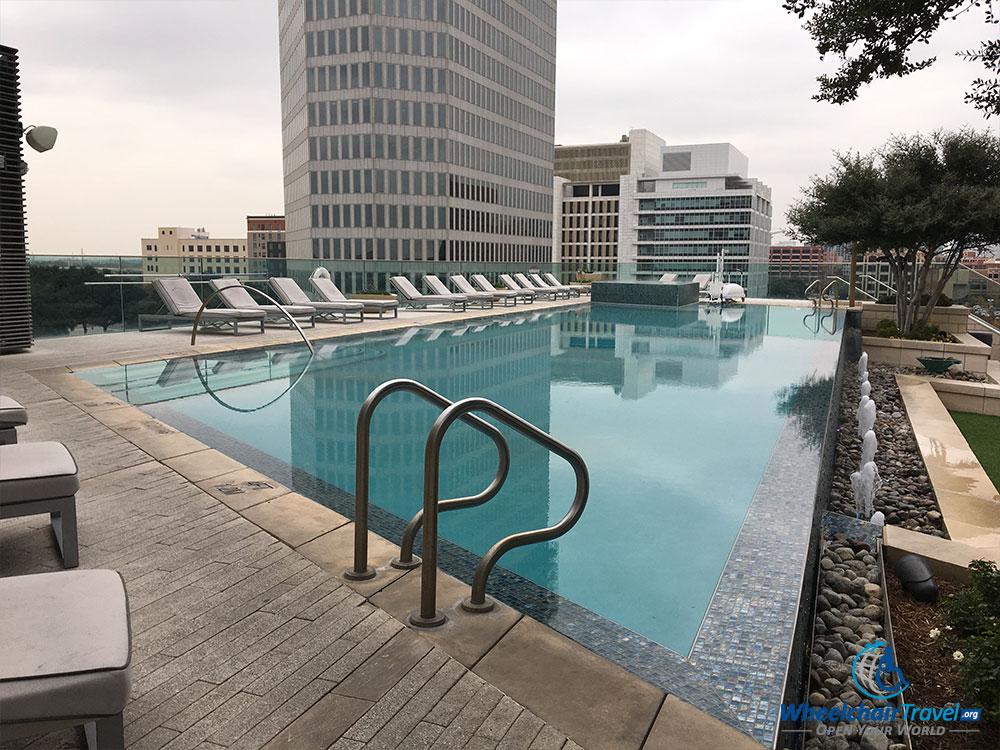 Omni Dallas Hotel, rooftop swimming pool