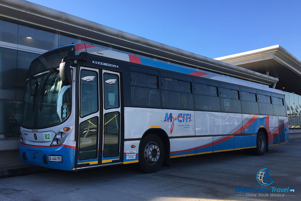 how to get from cape town airport to the city