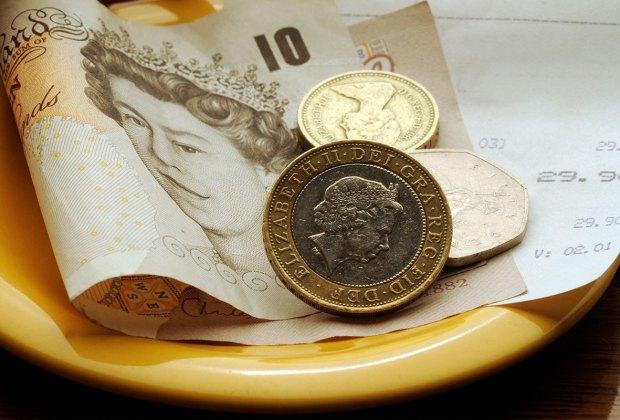 Tip left in a British restaurant.