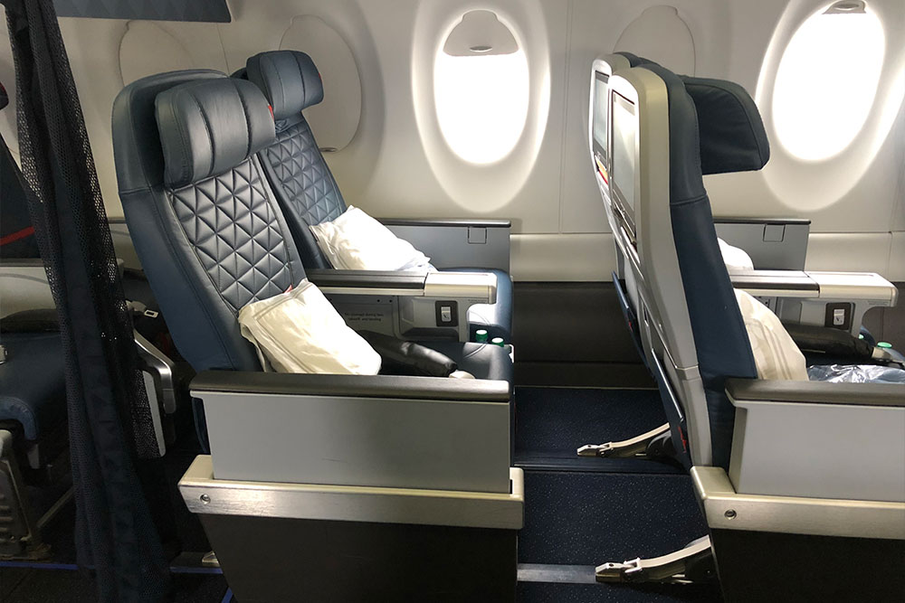 First class seats on Delta's A220.