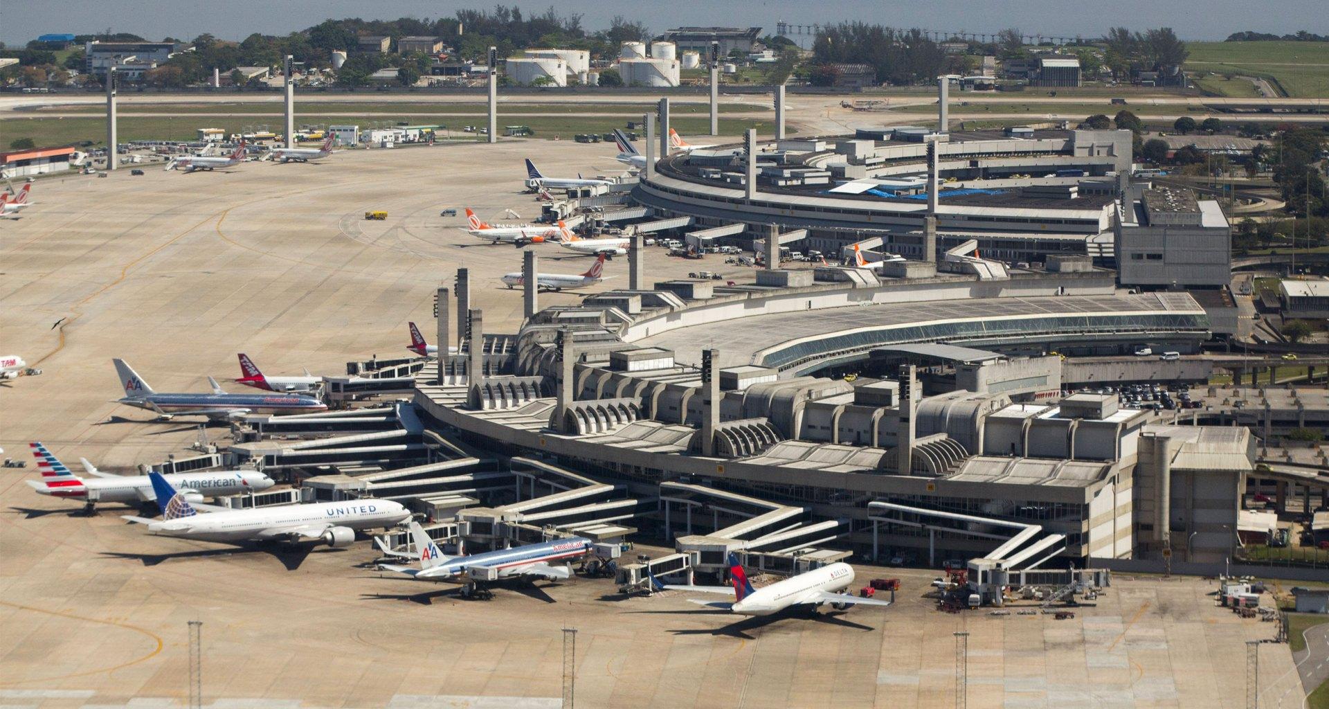 Wheelchair assistance services at Rio de Janeiro airports.
