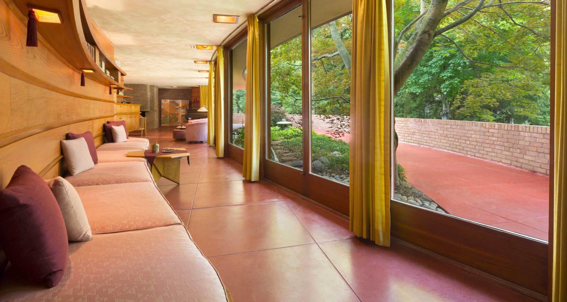 Interior corridor of Frank Lloyd Wright's Laurent House.