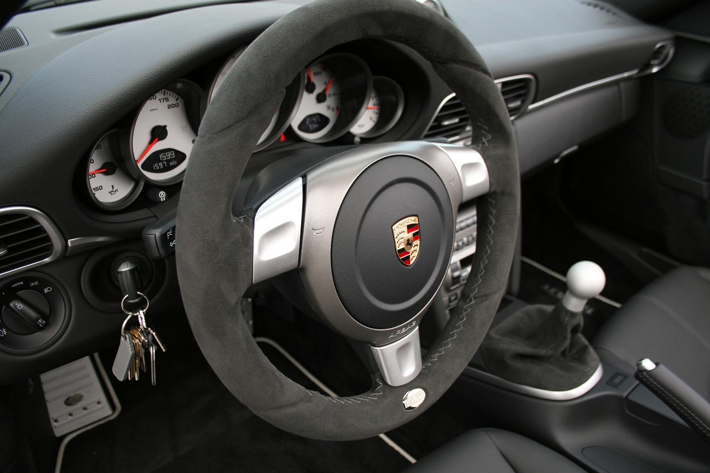 WHEEL EXPERTS TechArt Alcantara 997 Steering Wheel W