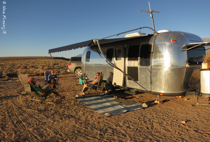 Pre-dinner Happy Hour at the Watson's boondocking site
