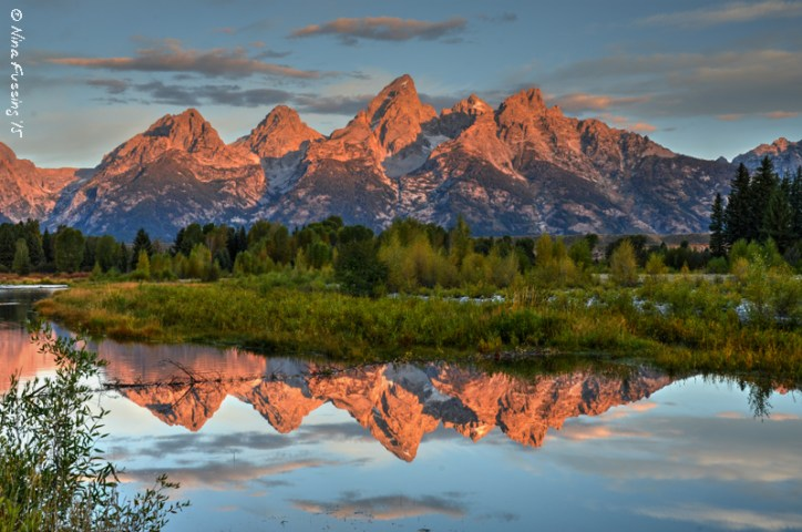 The most mind-blowing photo shoot I've ever had. Morning Alpenglow at Scwabacher Landing