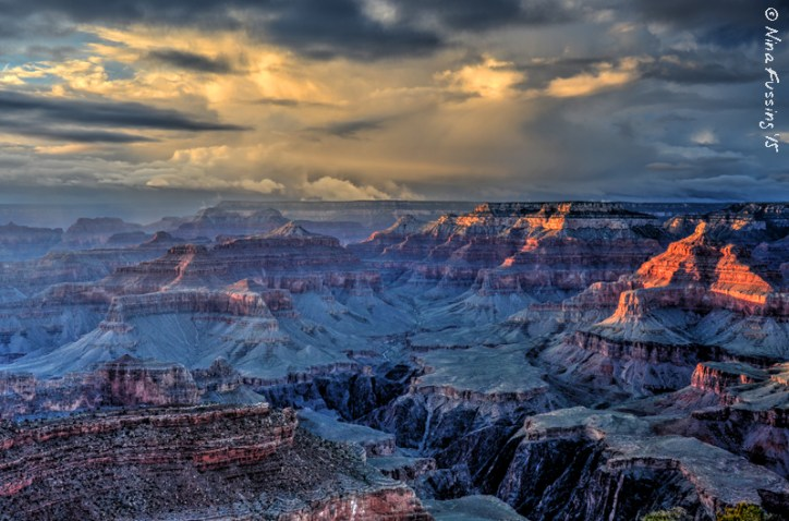 A cloudy sunset at Yavapai Point. Yeah, I'll take that :)