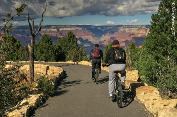 The sweet ride on the rim trail out to Kaibab Point