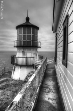External lighthouse lines
