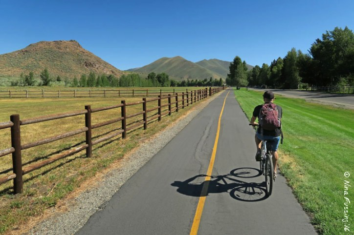 Wood River Trail -> my kinda biking trail....