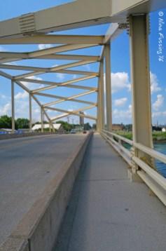 A Soo Bridge