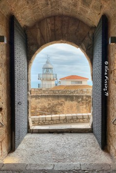 View from inside the castle to the {{swoon}} lighthouse