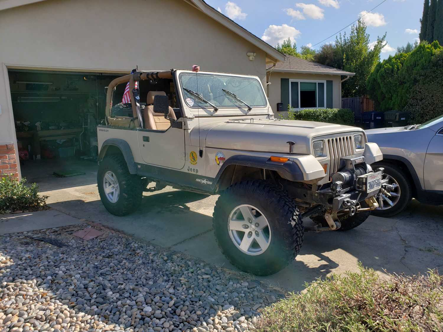 Episode 19: Chris Cleaned the Garage…Found a Jeep!