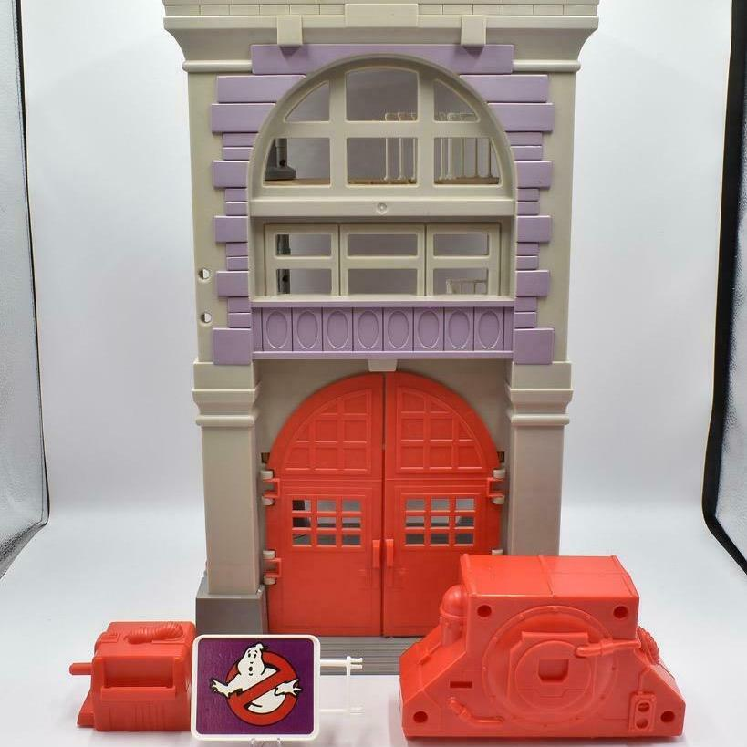 Kenner 1987 The Real Ghostbusters Firehouse Headquarters