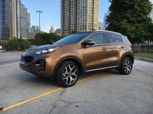 2017 Kia Sportage in SX Turbo trim with AWD steps out of the crowded compact crossover class with distinct packaging and a peppy powertrain. (Robert Duffer/Chicago Tribune/TNS)