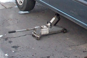 What is a Floor Jack For?