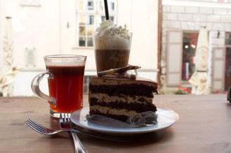 Warm, spiced Glögi and a Tallinn liqueur coffee for cake and tea