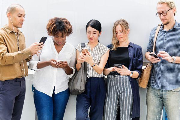 Ways to build brand loyalty using social media.