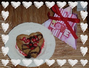 Heart Chocolate Chip Cookie Pie