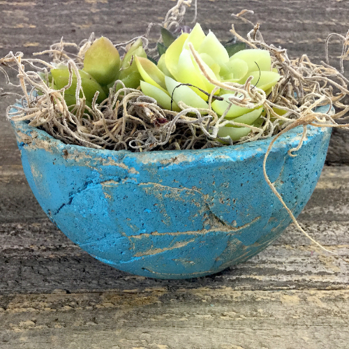 Leaf-Textured Concrete Planter