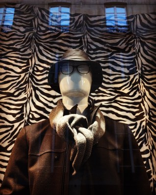 Mannequin Monday #42 - I'm a fashionable man