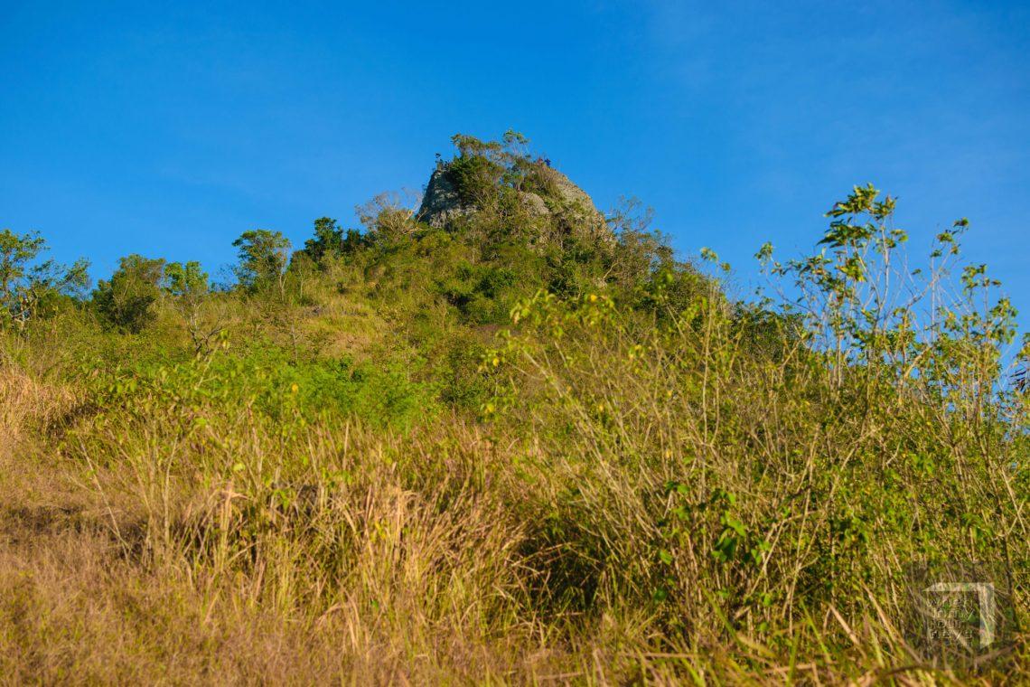 Mt. Mag-Asawang Bato