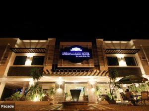 Urban Manor Hotel Capiz - TravelBook