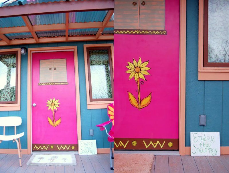 Escape To This Artsy Airbnb In Arizona And Experience The