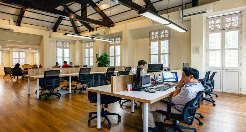 Why You Should Consider A Coworking Space In Singapore