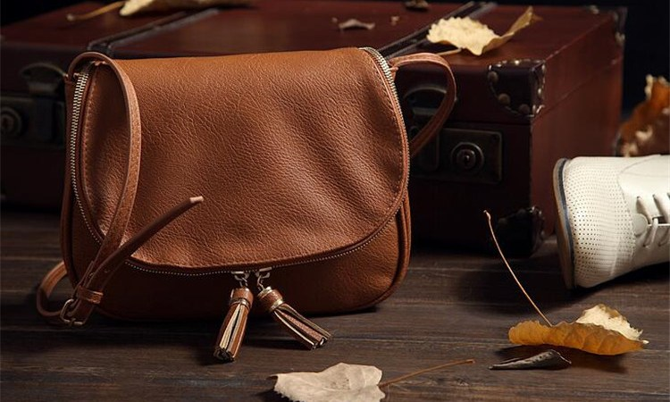 What Types of Bags any Woman Should Own