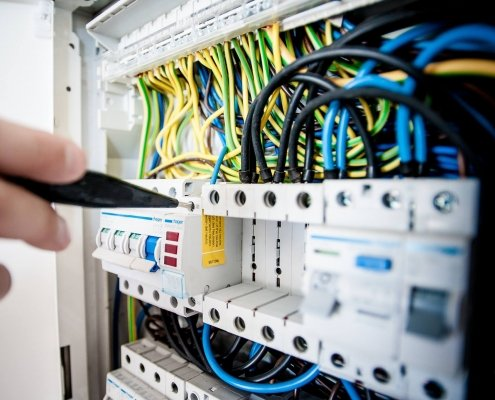 Why you should choose Electrician Maidenhead?