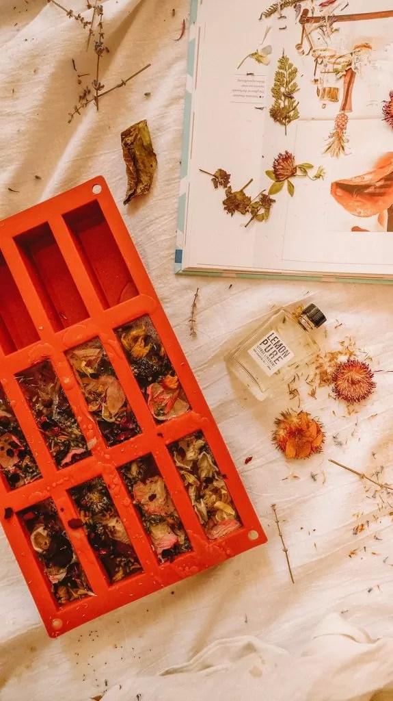 Natural Wildflower Soap Vegan DIY