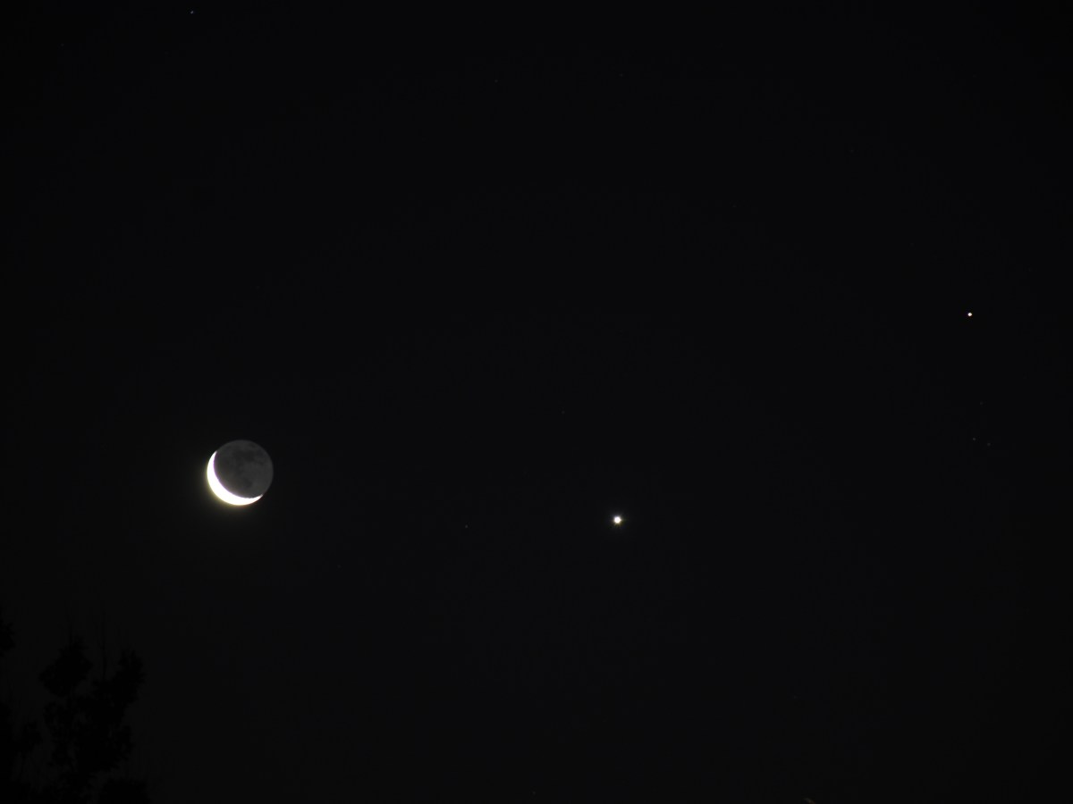 Venus, crescent moon, Aldebaran, July 17, 2020