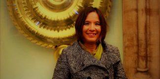 Author Mallon discusses Esme, who self-harms