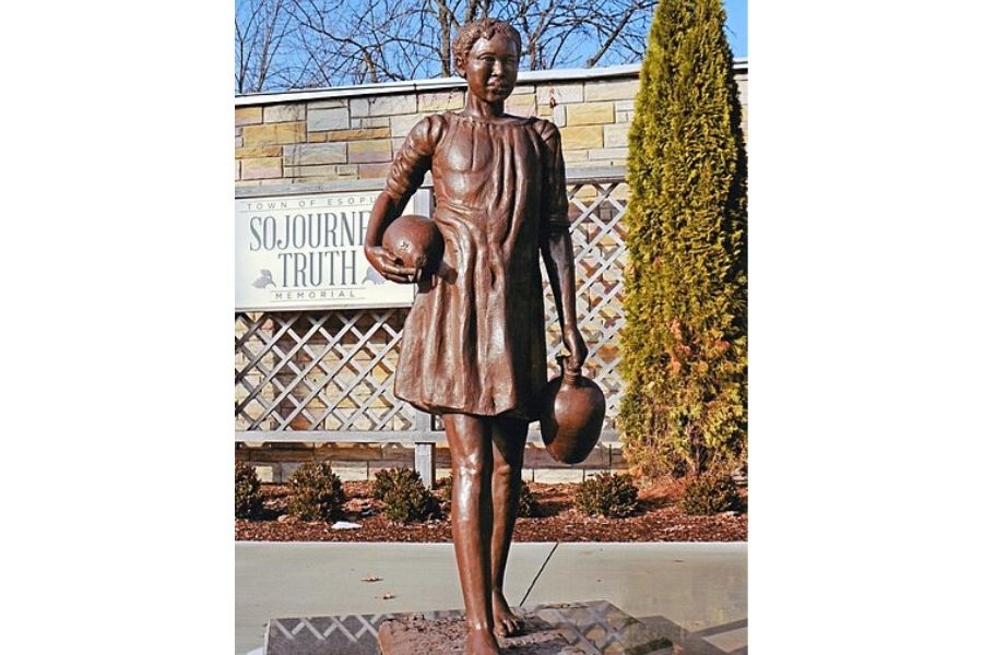 Ain't I a Woman statue