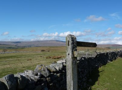 Meeting the Pennine Way near Horton