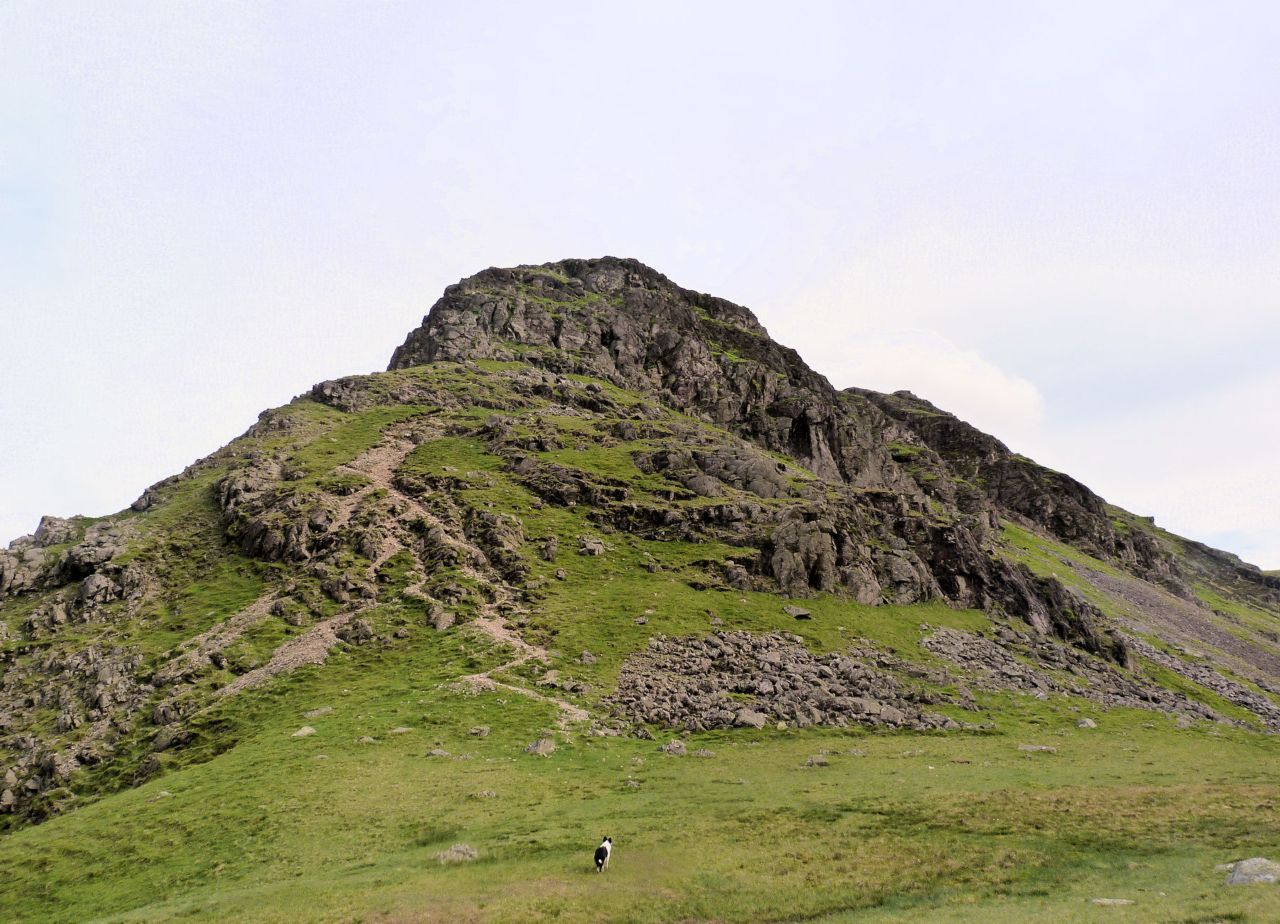 Col Red Pike, Yewbarrow