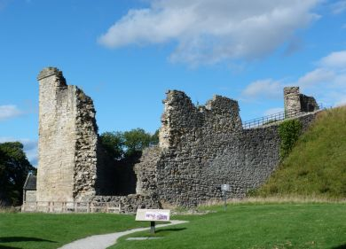 Ruins of Pickering castle